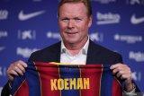 Ronald Koeman senang saat tahu Messi memilih bertahan di Barcelona
