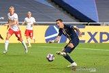 Tiga pemain Paris Saint-Germain positif terinfeksi virus corona