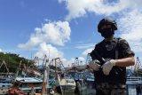 Tangkap ikan ilegal, kapal pengawas HIU 03 Batam amankan 2 kapal Vietnam