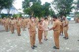 Disdik Papua serahkan 467 SK kenaikan pangkat dan pensiunan ASN
