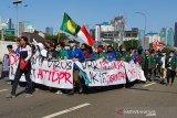 Polisi tutup Jalan Gatot Subroto karena demo mahasiswa di DPR