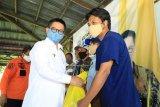 Gubernur Bantu Korban Kebakaran Sebengkok Pelayaran