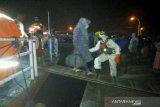 Tim SAR evakuasi 66 penumpang kapal KM Aksar 02 di perairan Buton Selatan