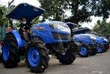India meluncurkan traktor berbahan bakar CNG pertama