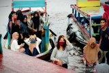 Susur sungai jadi wisata favorit baru di Sampit