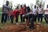 Bupati Lampung Tengah lakukan peletakan batu pertama pembangunan Pasar Wisata Rimbun Purwodadi
