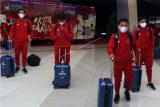 Sejumlah pesepak bola Timnas U-19 tiba di Bandara Soekarno Hatta, Tangerang, Banten, Sabtu (29/8/2020) malam. Sebanyak tiga puluh pemain Timnas Indonesia U-19 akan mengikuti Pemusatan Latihan (TC) di Kroasia sebagai persiapan menghadapi Kejuaraan Piala Asia U-19 di Uzbekistan yang akan digelar pada 14-31 Oktober mendatang. ANTARA FOTO/Muhammad Iqbal/wsj.