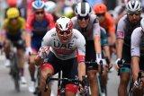 Kristoff  juara etape pembuka Tour de France saat para rival tumbang