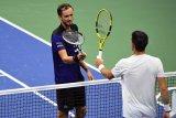 Medvedev menundukkan Federico Delbonis pada US Open