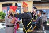 Kapolda Sulteng Irjen Pol Abdul Rakhman Baso disambut tarian tradisional
