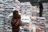 Presiden Jokowi pastikan pemberian bansos berlanjut tahun depan