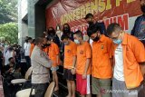 Positif HIV, satu tersangka pesta seks homo di Jakarta Selatan
