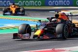 Verstappen berharap  degradasi ban bantu atasi Mercedes di GP Bahrain
