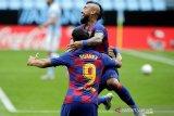 Suarez dan Vidal berlatih terpisah jelang kepergian dari Barcelona