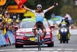 Nans Peters juarai etape delapan Tour de France, pinot terjatuh