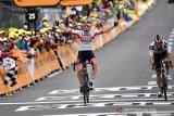 Pogacar menjadi penguasa etape sembilan Tour de France