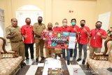 Gubernur Papua Lukas Enembe apresiasi kepedulian Telkomsel terhadap pendidikan