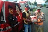 PDIP Sumbar bagikan 1.000 kilogram beras bagi warga tak mampu di Padang