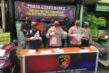 Polisi : Pencuri sepeda motor gunakan senjata api untuk menagih utang
