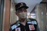 Satpol PP Mataram menyiapkan tim razia masker ASN