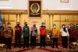 Pejabat Kemenkumham RI berkunjung ke kediaman Gubernur Sulsel