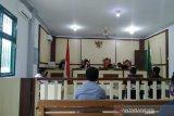 Sidang pemasangan plang Irwasda Polda Riau di Siak, hakim tolak polisi bersaksi