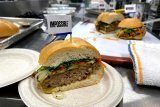 Produsen burger nabati AS  jual sosis daging tiruan di Hong Kong