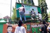 Kader NU ambil alih kantor PKB Kediri