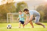 Benarkah ayah berperan besar dalam pengasuhan anak?