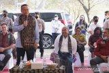 Warga NTT uji swab setelah kontak erat dengan Menteri Edhy Prabowo