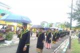 Ratusan mahasiwa IAIN Bengkulu jalani prosesi wisuda di lapangan terbuka