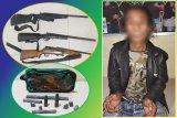 Polisi tangkap seorang pria paruh baya di Kapuas miliki senjata api rakitan