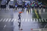 BMKG prakirakan hujan guyur wilayah DKI Jakarta pada Jumat siang