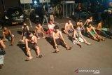 26 remaja tutup jalan umum untuk adu lari
