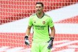 Aston Villa rampungkan transfer kiper Arsenal Emi Martinez