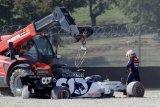 GP Tuscan start ulang karena insiden tabrakan sejumlah pebalap