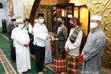 Tenaga medis dan imam di Provinsi Kepri dapat bantuan suplemen madu