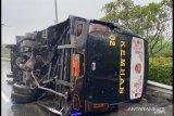 Kecelakaan di Tol Jagorawi libatkan bus Kemenhan dan TNI AL