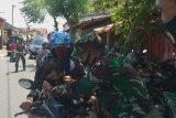 Paguyuban Alastua bagikan ratusan masker di Secan
