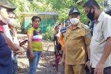 Pemerintah Kota Bitung bagikan bantuan kepada warga terdampak banjir
