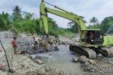 Mengairi 120 hektare lahan pertanian, PT Semen Padang lanjutkan proyek normalisasi intake Baringin