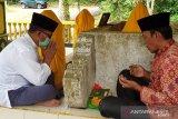 Usai jalani tes kesehatan AWe ziarah ke Hulu Riau