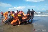 Tim gabungan lanjutkan pencarian nelayan hilang di dekat Pulau Tangah Pariaman