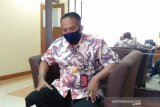 PSBB Jakarta,  penumpang di Bandara Adi Soemarmo turun