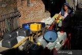 Warga kesulitan mendapatkan air bersih