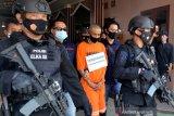 Jaksa tuntut terdakwa penusuk  Syekh Ali Jaber 10 tahun penjara