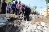 Bupati Sleman serahkan bantuan RTLH ke warga Ambarketawang