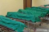 Lima jenazah ABK ditemukan di lemari pendingin telah dikembalikan kepada keluarga