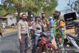 Polisi-TNI gelar razia masker di Kota Kupang