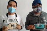 Pasangan HARUM menggemakan penggunaan masker kain berlapis di Mataram